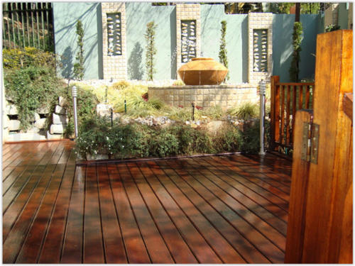 Decking Landscaping Services in Dubai by Arid Landscape (18)